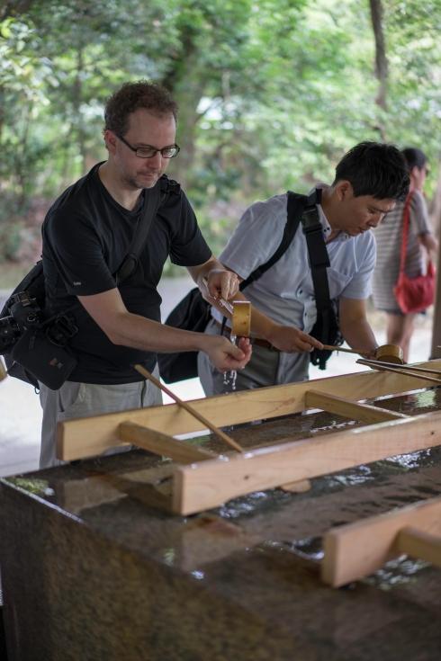 Nick performing his first ever misogi (purification ritual before entering a Shrine), Meiji Jingu, Tokyo